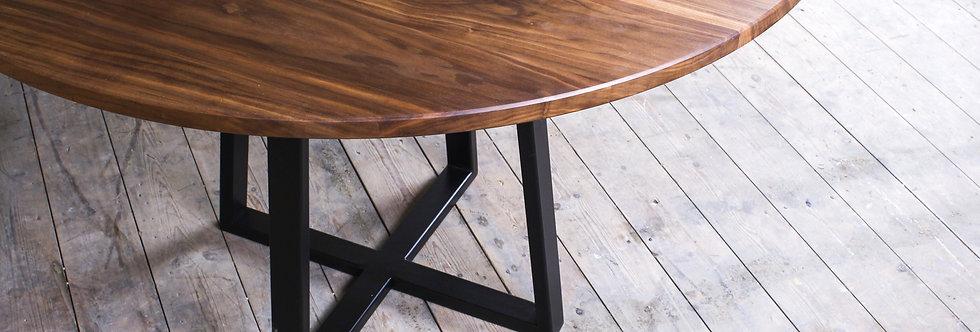 Luna | dining table