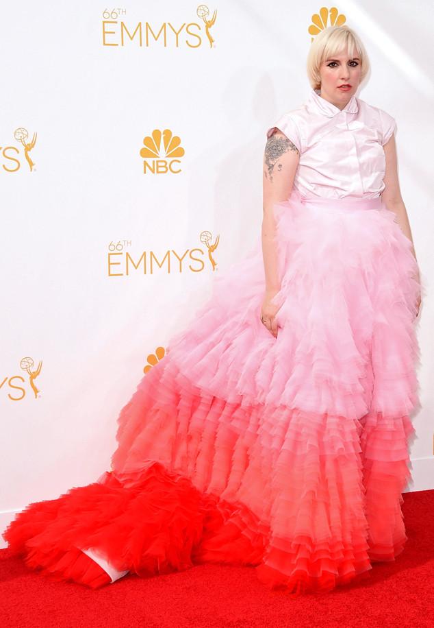 rs_634x916-140825163239-634.Lena-Dunham-Emmy-Awards.ms.082514.jpg