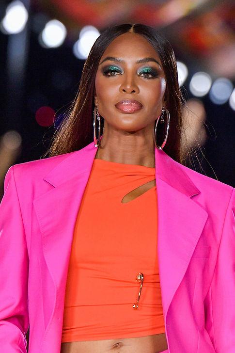 00073-Versace-Spring-22-RTW-Milan-DETAILS-credit-brand.jpeg