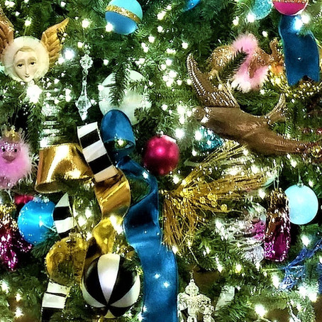 Creating a Kate Spade Themed Christmas!
