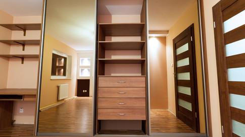 1476769576_sliding-wardrobe-1-large.jpg
