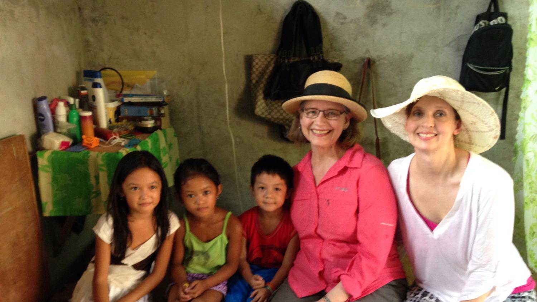 Sara Felushko Philippines volunteer