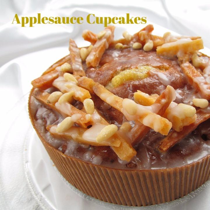 Applesauce Cupcakes_edited