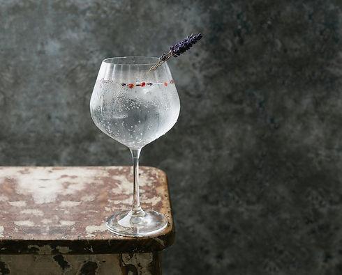 eclat_dry_gin_glas.jpg