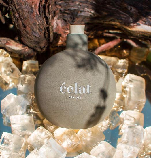 eclat_gin_ad_hochformat_edited.jpg