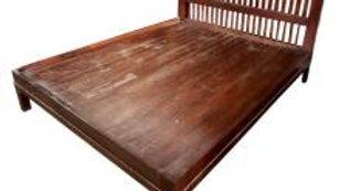 Queen Bed w/ Multi-Slat Headboard (Brown)