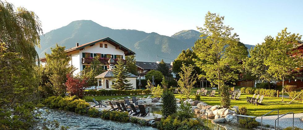 Bachmair-Weissach-Hotel-Sommer_edited.jpg