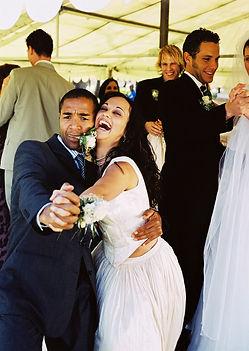 Hochzeitsband und Liveband Hochzeit, Musik Hochzeit, Band Hochzeit buchen,Musiker Hochzeit buchen oder Dj Hochzeit buchen - Bands können Sie bei DeineBand buchen.