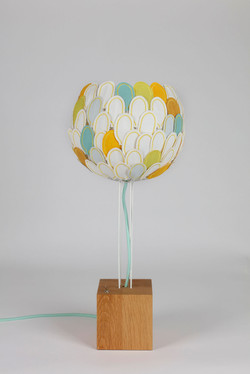 Lampe à poser Olea, Millie Baudequin, luminaire éco-responsable made in France.