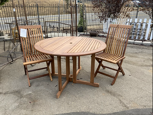 New Eucalyptus Deck Table and Pair of Chairs A1