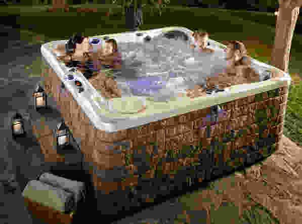 Hot Tub Maintenance Tips 2018 | Bentley Pools