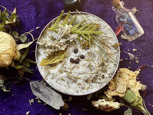 Uncrossing to Ward & Protect Ritual Bath Salt tin