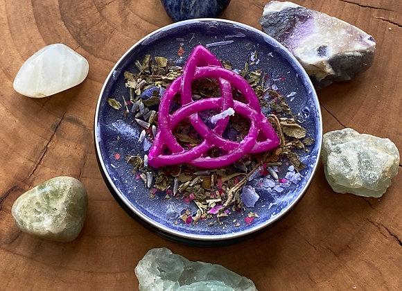 Triquetra Symbol Candle