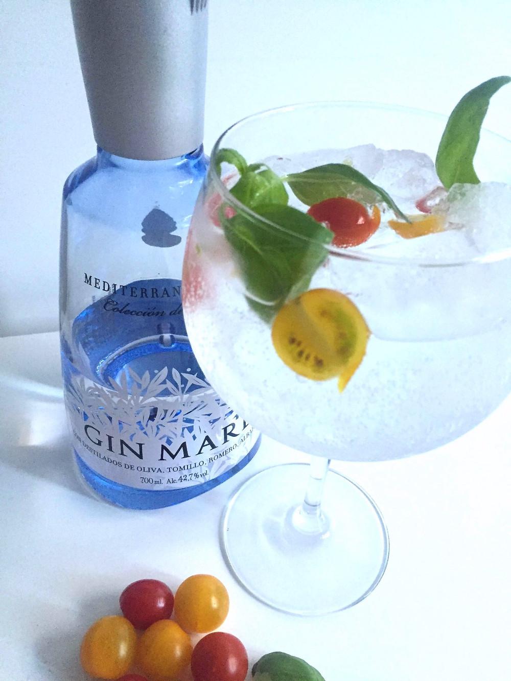 gin mare majericão tomate cherry