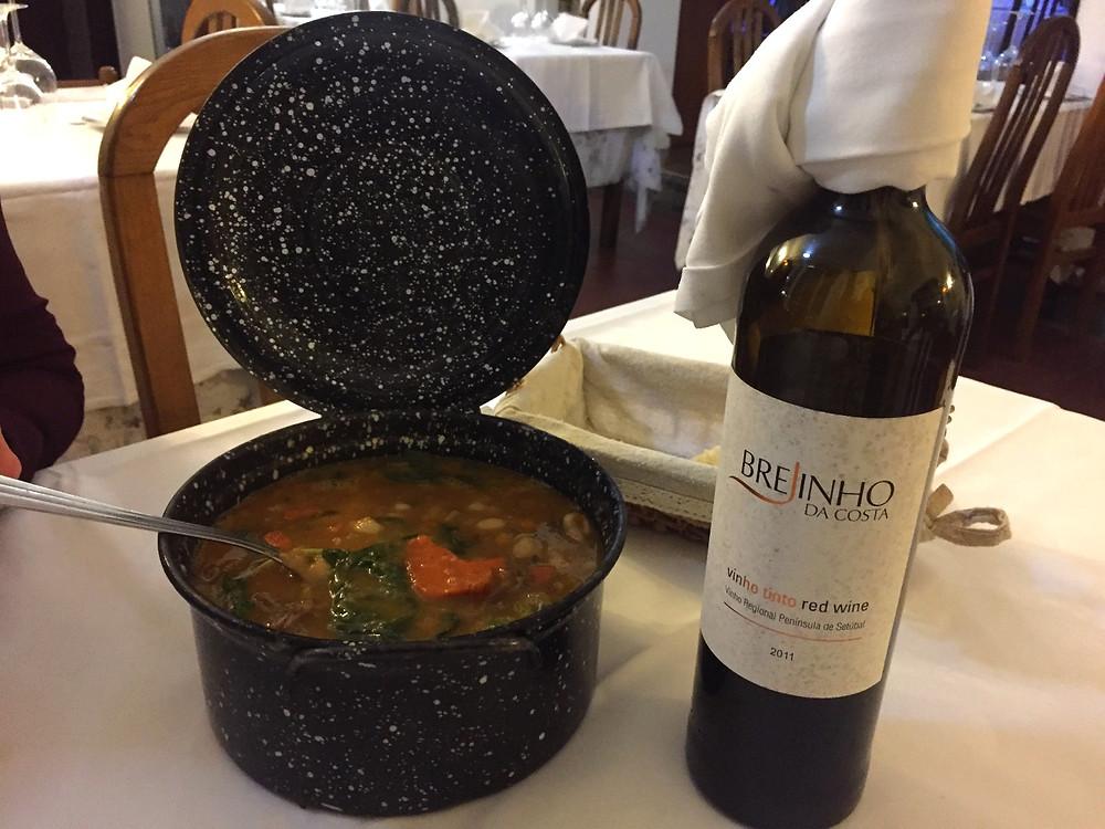 Restaurante a Escola - Pombo Bravo Nabiçada - Brejinho da Costa