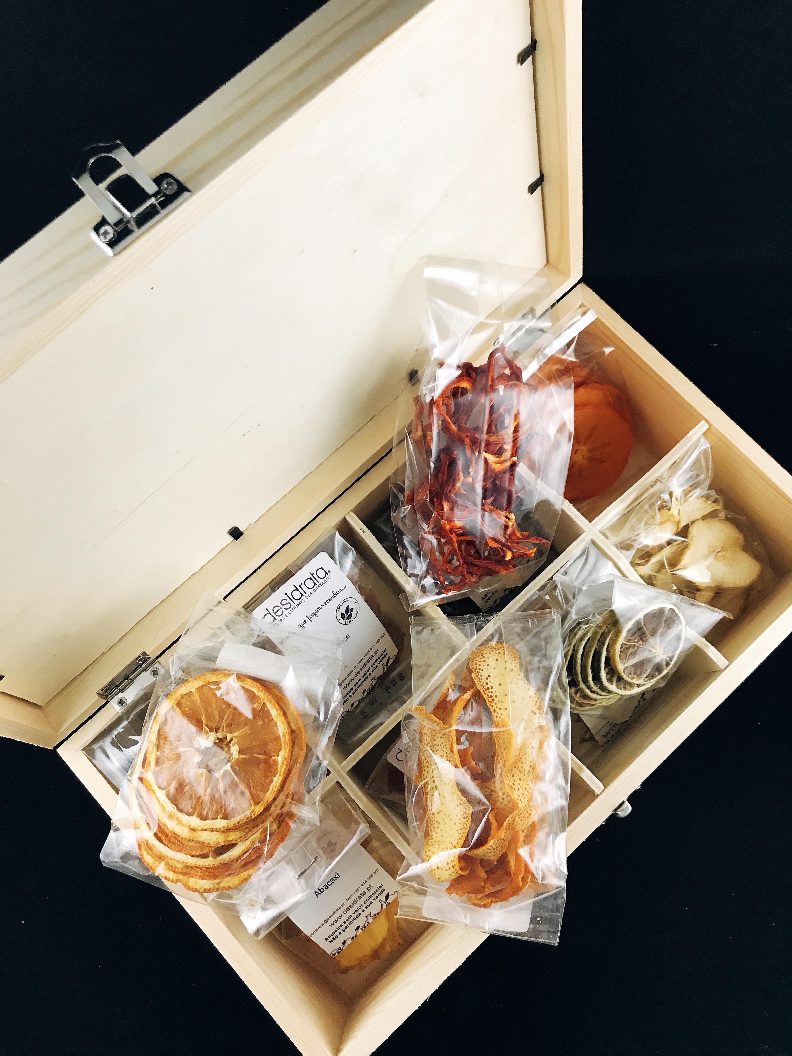 Táscuela Gin Box