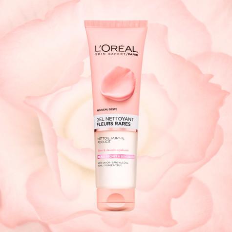 lepestki-roza-krasnyy-fon-2.jpg