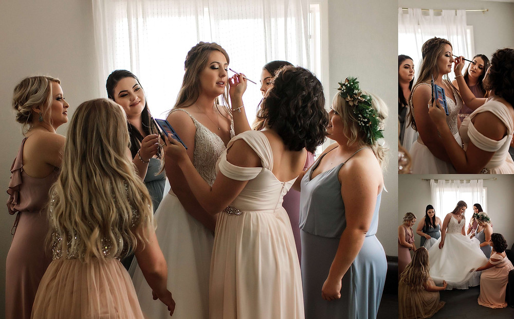 Best_Bridal_Getting_Ready_Photos_Bride_With_Bridesmaids