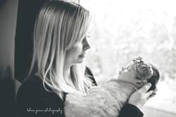 WMTaylor Hand Newborn 145.jpg