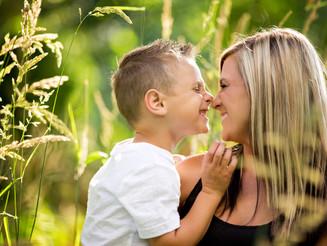 Kristen & Casey's Family Portrait Session: Eugene, Oregon Family Photographer