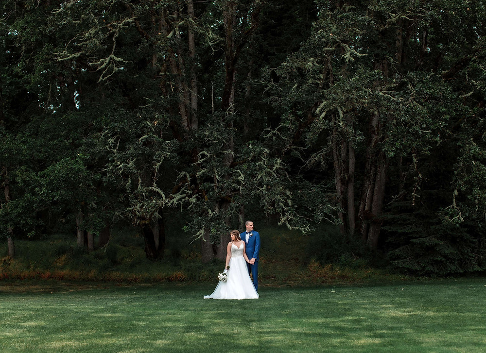 Eugene_Oregon_Wedding_Photographer_at_Jasper_House_Farm