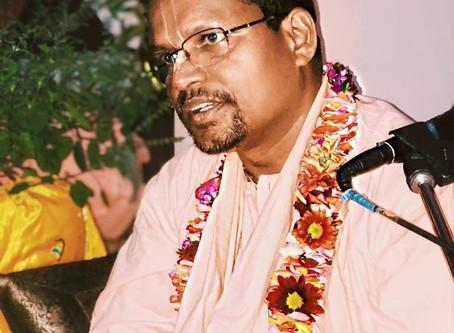 Clases de Sridhara Maharaj en México