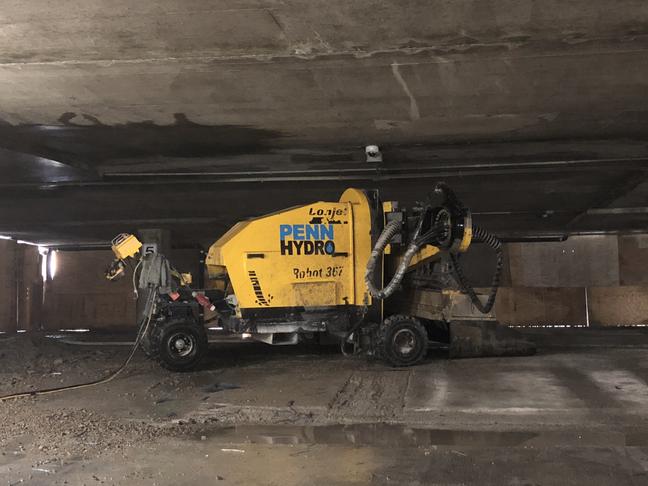 Hydrodemolition/Conjet Robot 367/ Penn Hydro