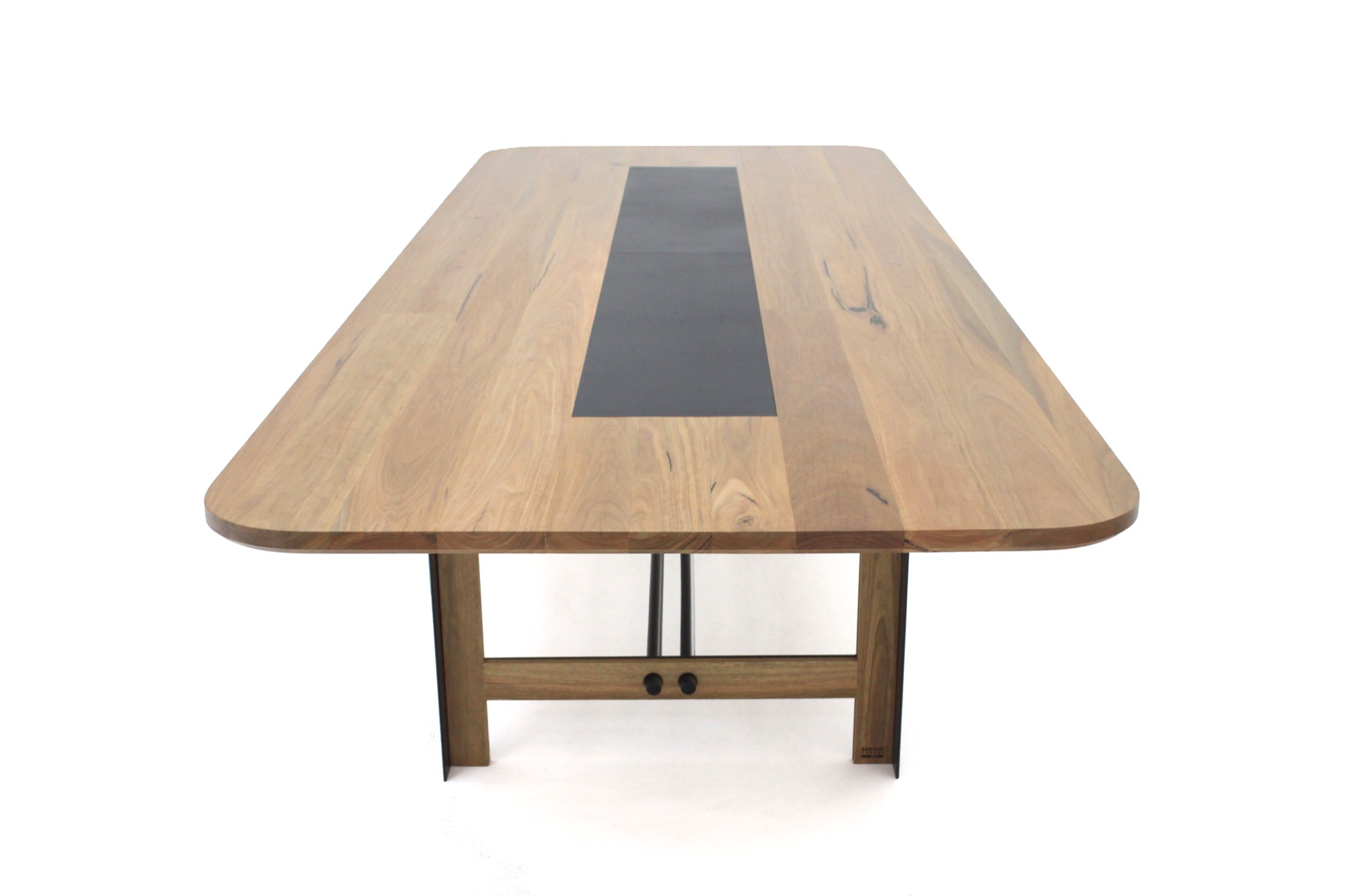 Toyo Table by Sawdust Bureau_02
