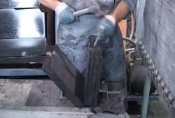 Splitting roofing slate