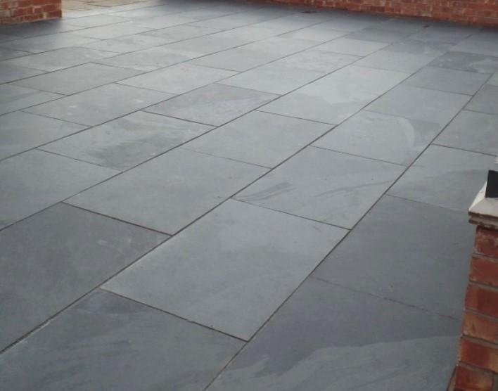 Brazilian black slate paving