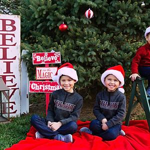 Christmas Mini Session Eli, Wes and Grant