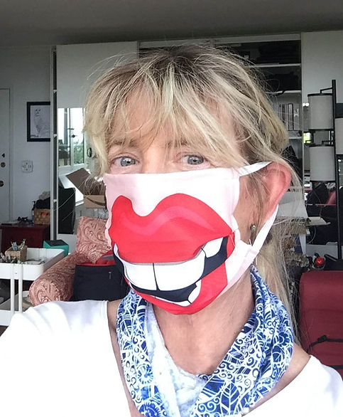 funny mask.JPG