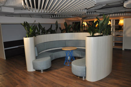 Business seat 1.jpg