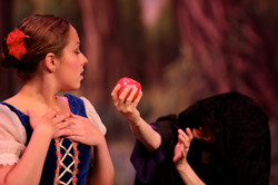 Snow White Dress Rehearsal 2015 (2)-0533