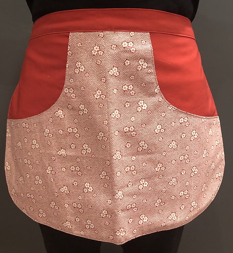 Peg Apron - Red Daisies