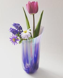 Vase 'Purple Waterfall' / Vaza 'Vijolični slap'