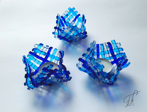 'Big Blue' tealight holder / svečnik 'Velika modrina'