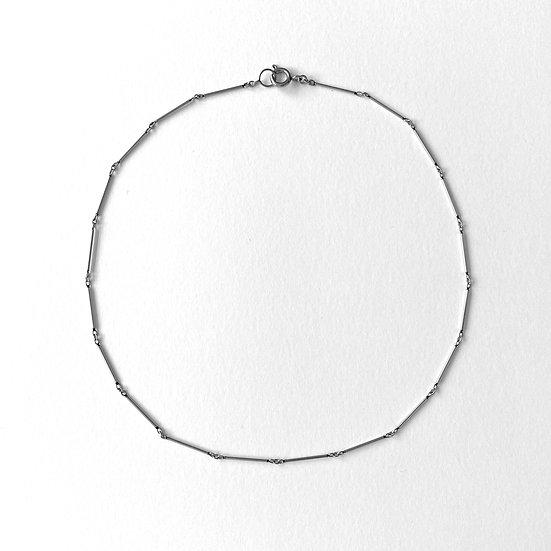 4/4 Mono Necklace