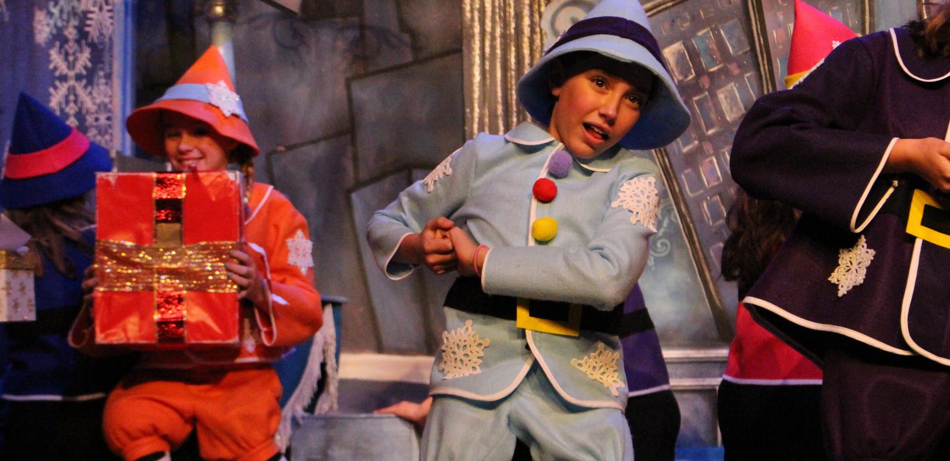 Elf-Jr.-Sparkle-Cast-19.jpg