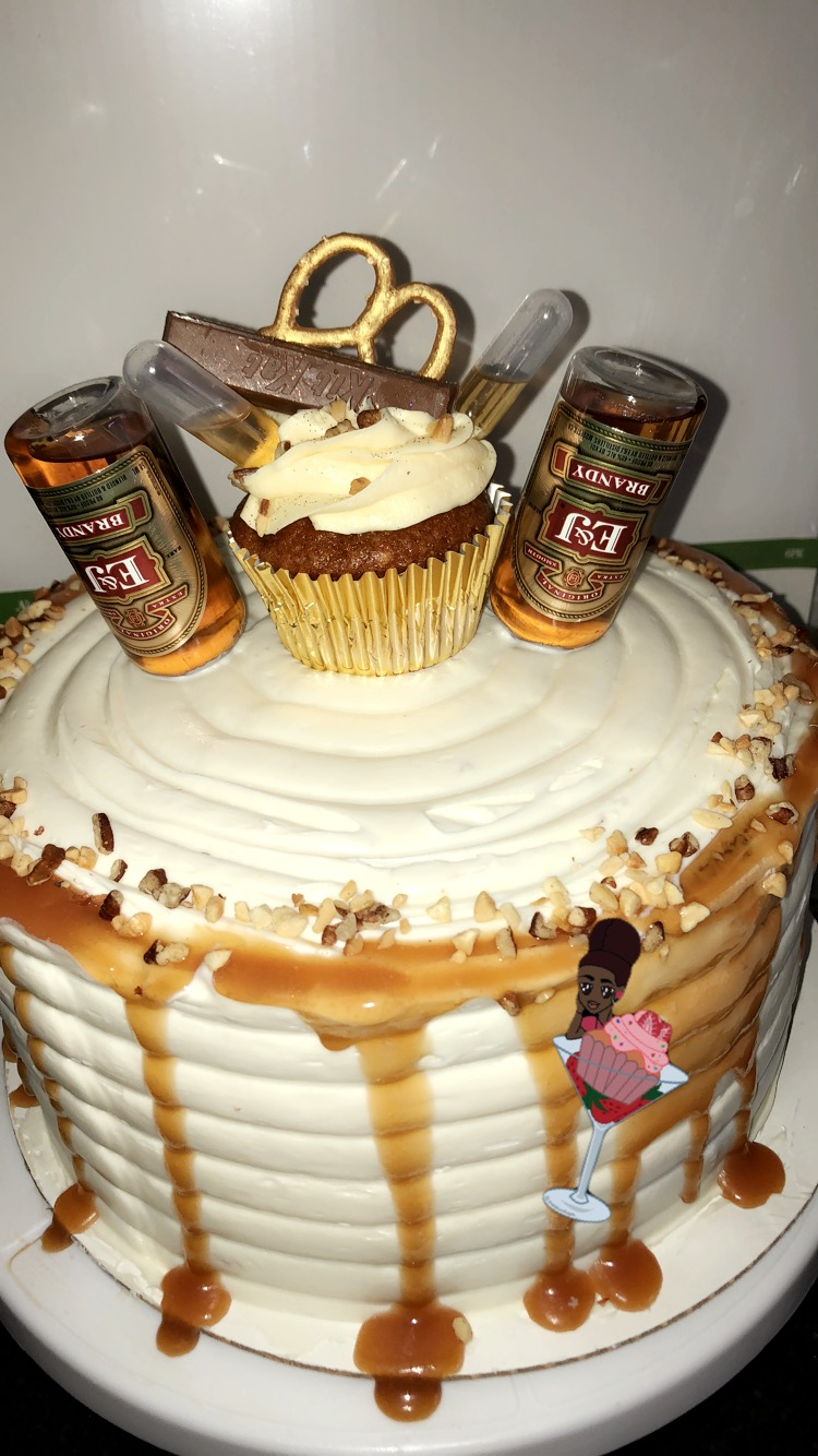 carrotcakewithcupcake
