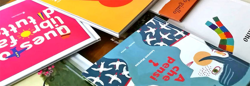 Libri per intestazione.jpg