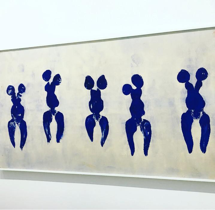 Yves Klein s'expose au musée Soulages à Rodez. Interview avec Pierre Soulages et RCR arquitectes
