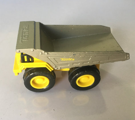Small Tonka Construction Truck Size 2.5 inches