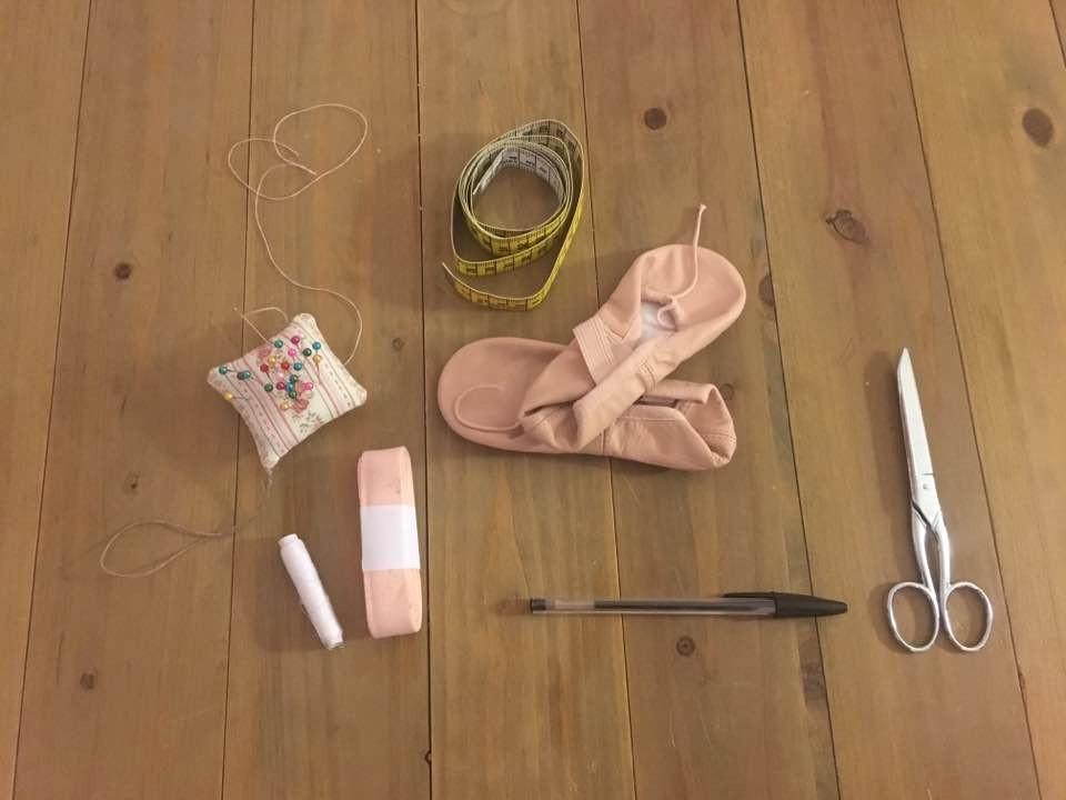 Matériel pour coudre des chaussons de danse classique
