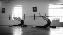 La barre au sol : les bienfaits d'une discipline en douceur