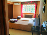 6 Dormitorio 2 individuales. 2 personas.