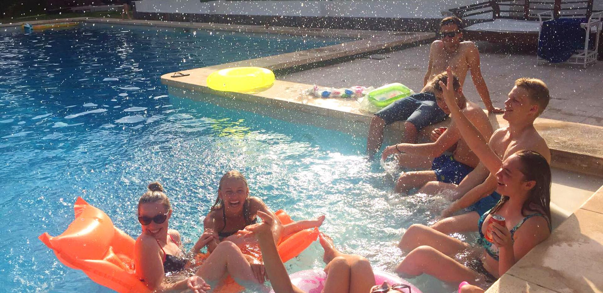 la gran duquesa - holidays for big group
