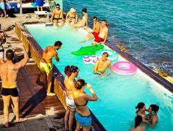 Isla Marina Club.