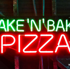takenbakepizzaneonsign27875.jpg