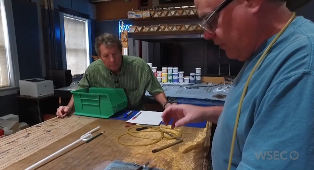 "WSEC-TV PBS ""Illinois Stories"" Host Mark McDonald visits Hillsboro Neon Shop"